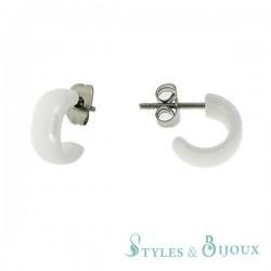 Boucles d'oreilles demi créoles céramique blanche